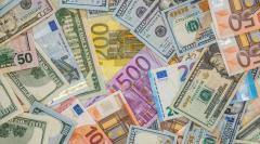 Curs valutar 6 ianuarie 2020: Leul s-a apreciat în raport cu euro şi dolarul american