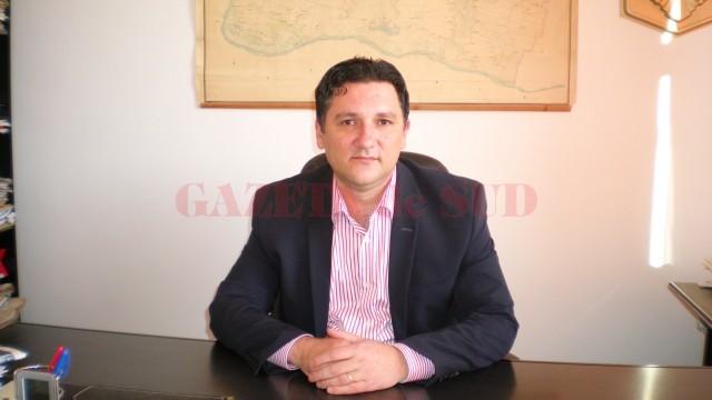Nicolae Tutunaru, primarul orașului Segarcea