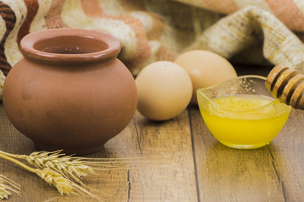Măști de față cu ou și miere